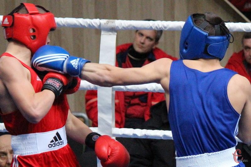 Двоє хмельничан в складі збірної України з боксу здобули медалі на турнірі в Харкові