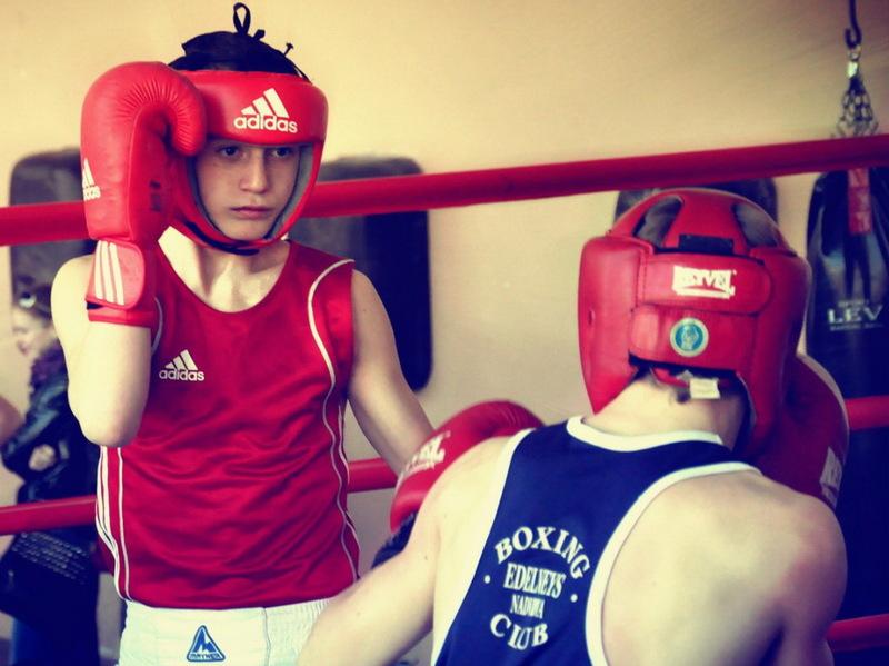 На чемпіонаті України з боксу серед юнаків честь Хмельниччини відстоювали 16 спортсменів, 11 із яких стали призерами змагань