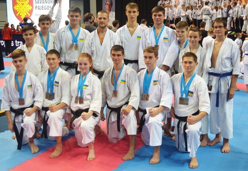 На чеміпонаті Європи з традиційного карате-до збірна України здобула 18 нагород