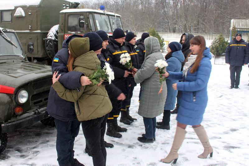 П`ятеро хмельницьких рятувальників повернулися з зони проведення ООС