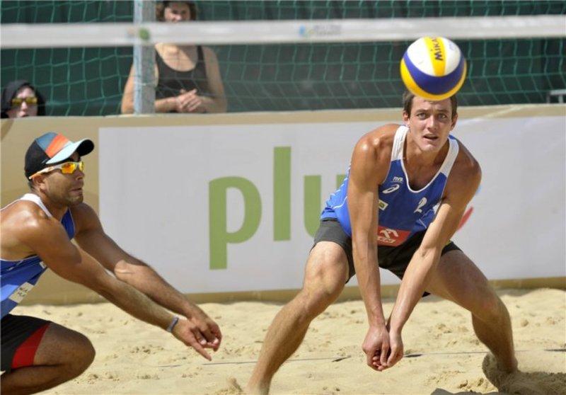Попов та Денін не змогли пробитися до основного раунду змагань у Польщі
