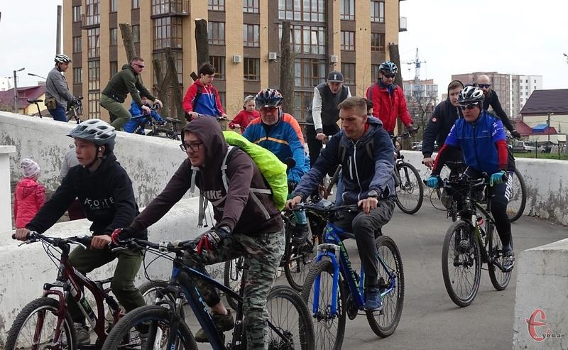 Велосезон у Хмельницькому офіційно стартував