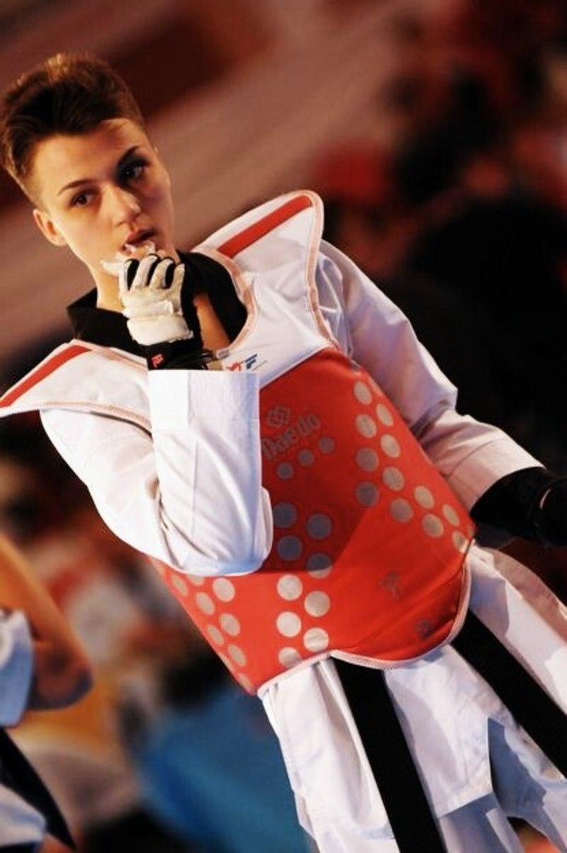 Олександра Баранова змагатиметься у вазі до 57 кілограмів.