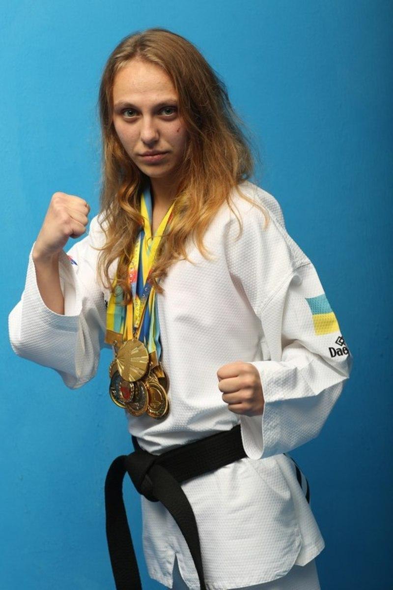 Юніорка Любава Ільчик стала найсильнішою у вазі до 49 кілограмів.