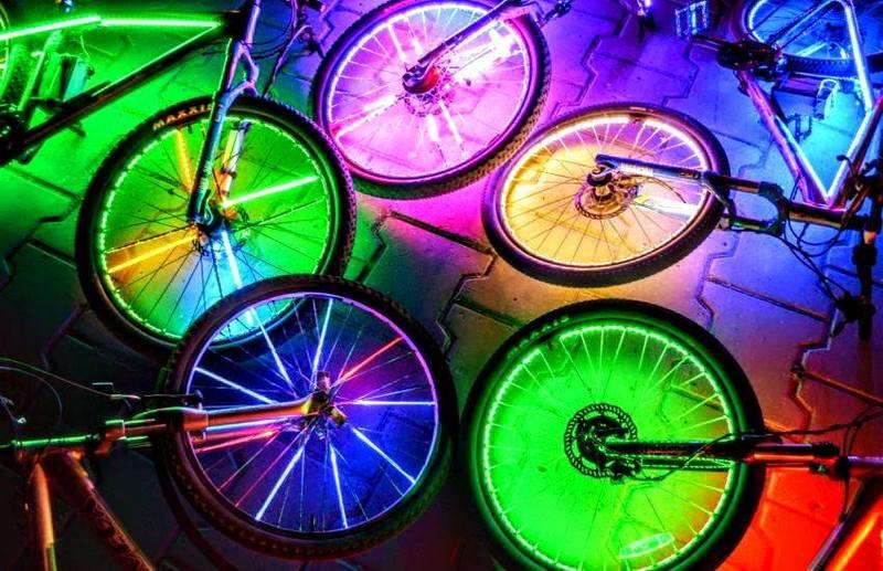 Велосипедистів запрошують покататись нічним містом