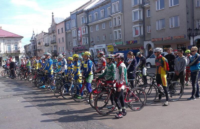 Честь Хмельниччини на чемпіонаті України захищали четверо велосипедисток