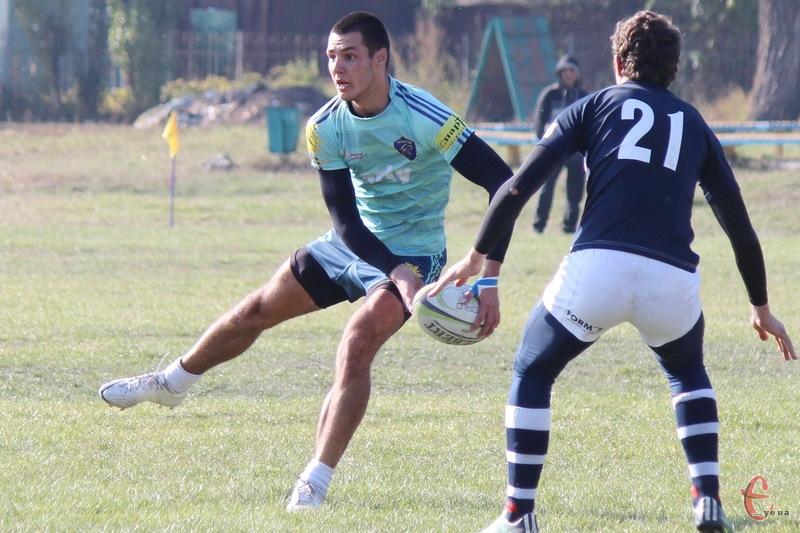 Гравець збірної України з регбі-7 Мирослав Шуляк і в новому сезоні гратиме за рідний для нього хмельницький клуб
