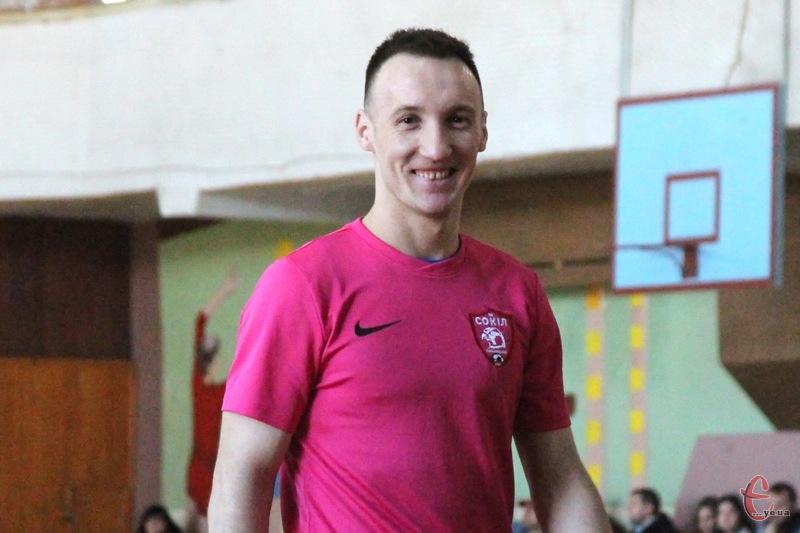 Руслан Шеремета виступав за хмельницький футзальний клуб із 2012 року. Тепер він вільний агент