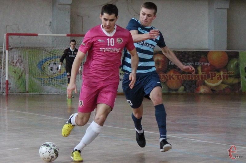 У матчі Спортлідера-2 проти Рятувальника зіграло чимало гравців Спортлідера+