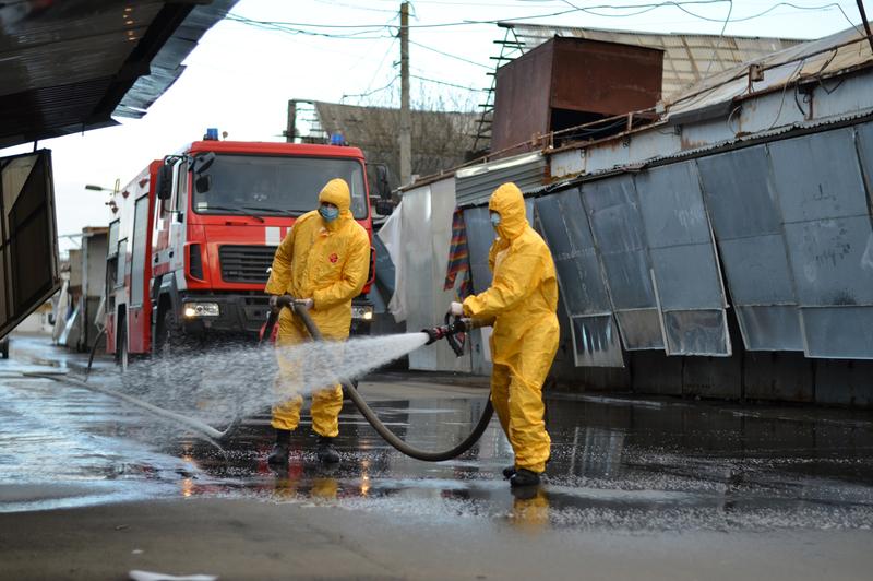 Рятувальники дезінфікували 14 тисяч квадратних метрів речового ринку
