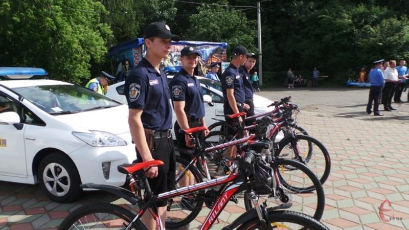 Взимку міліціонери на велосипедах не їздитимуть
