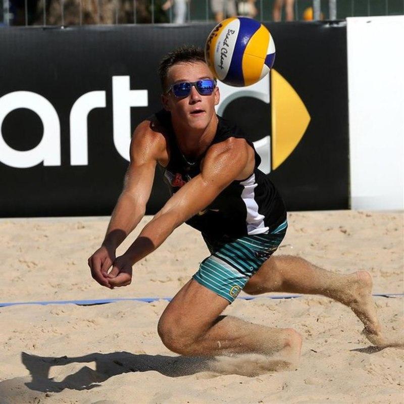 Олег Плотницький з Хмельницького став бронзовим призером турніру з пляжного волейболу, який завершився в Швейцарії
