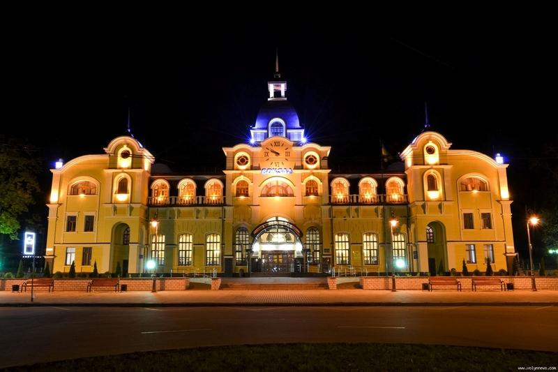 Подорож до Луцька з Хмельницького потягом триватиме майже 8 годин