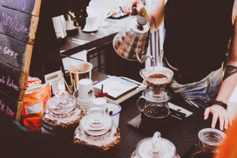 За неофорленого продавця кави оштрафували підприємця
