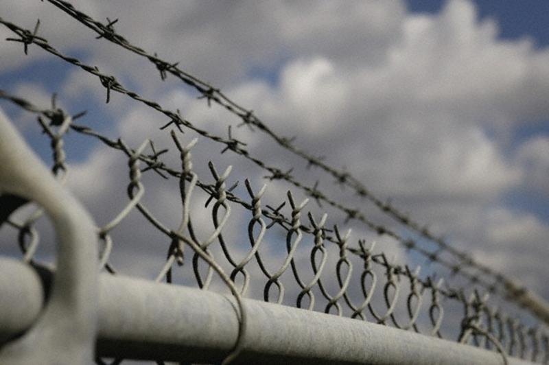 Обвинуваченому загрожує покарання у виді позбавлення волі на строк від 5 до 10 років з позбавленням права обіймати певні посади