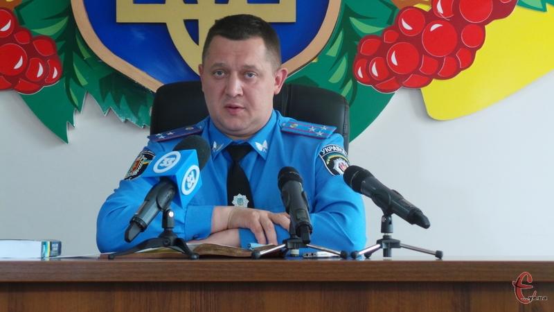 За словами Валерія Онісьєва, це перший випадок застосування вогнепальної зброї міліціонером за останні десять років