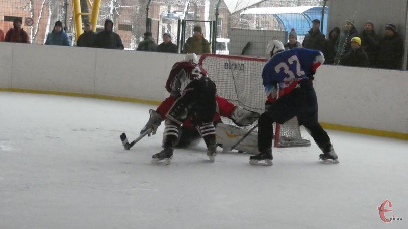 Наступні матчі чемпіонату області з хокею пройдуть 16-17 грудня