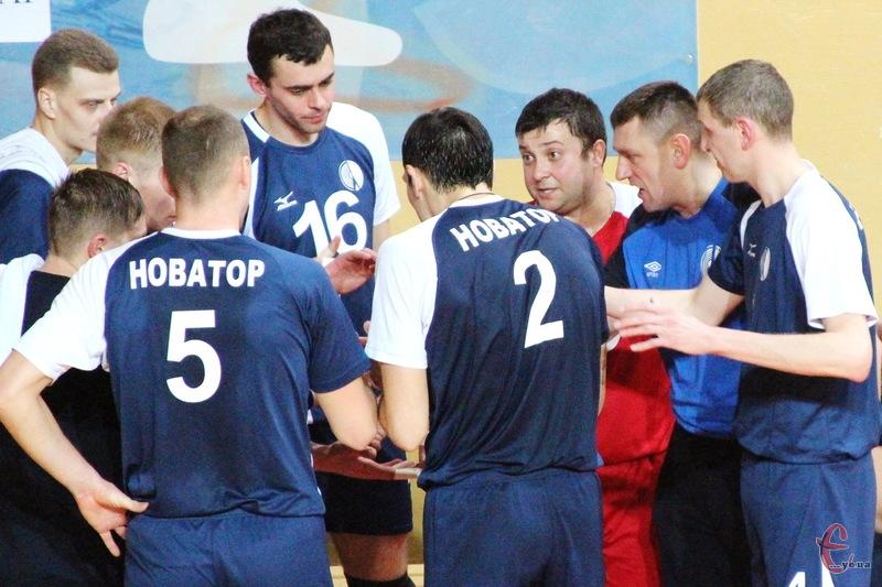 Перед хмельничанами, які цього року стали чемпіонами України в вищій лізі, стоїть завдання здобути путівку до Суперліги