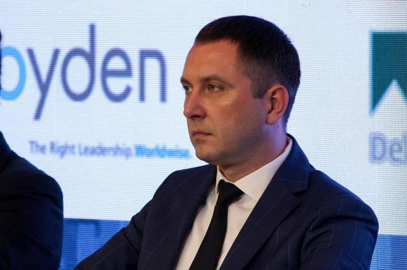 За цей неповний рік у Міністерстві інфраструктури України Юрію Лавренюку нарахували 404 тисячі 359 гривень зарплатні