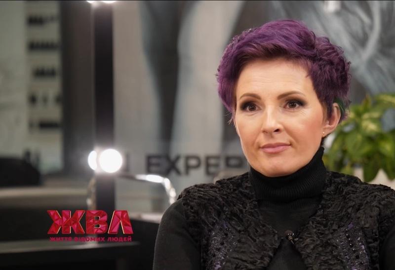 Марина Одольська була переможницею фестивалю «Червона рута» у 1995 році. Потім були ще фестивалі та нові перемоги і територія «А»