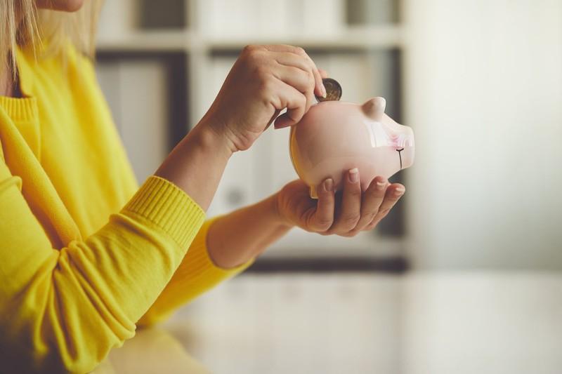 Потерпіла втратила 1550 доларів, 10 євро та 2000 гривень