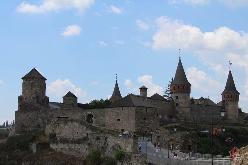25 ділянок комплексу Старого і Нового замку знаходяться в аварійному стані