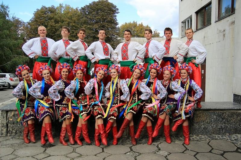 Канадські артисти протягом трьох днів вивчатимуть українські народні танці