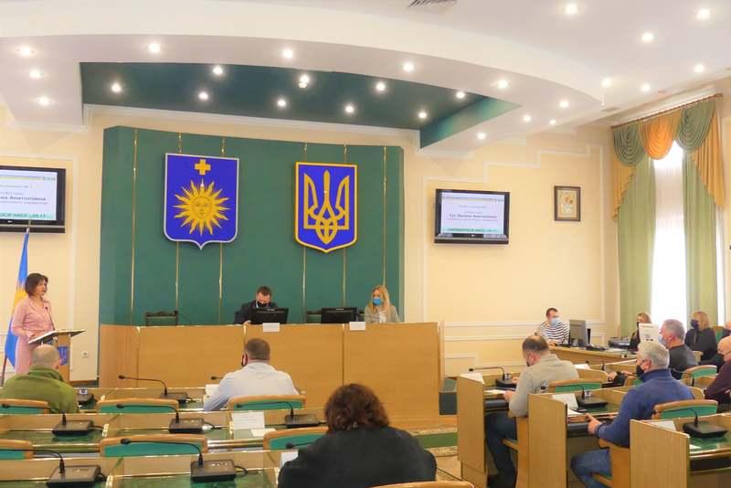 Депутати Кам'янець-Подільської міськради звернулися до керівництва держави щодо заборони діяльності партій «Опозиційна платформа – За життя» та Партії Шарія