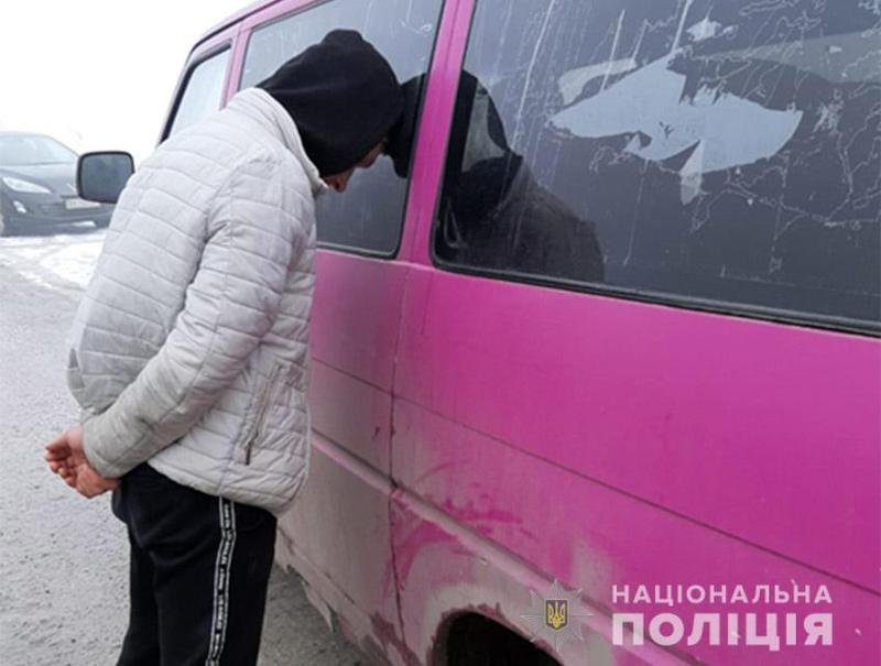 За викрадення авто юнаку може загрожувати від п'яти до восьми років позбавлення волі