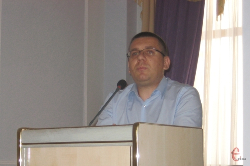 Андрій Кланца поки що тимчасово керуватиме закладом.