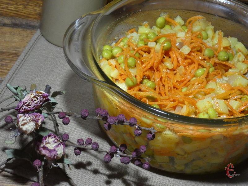 У салаті лише три інгредієнти, але вони пречудово поєднуються між собою та доповнюють одне одного.