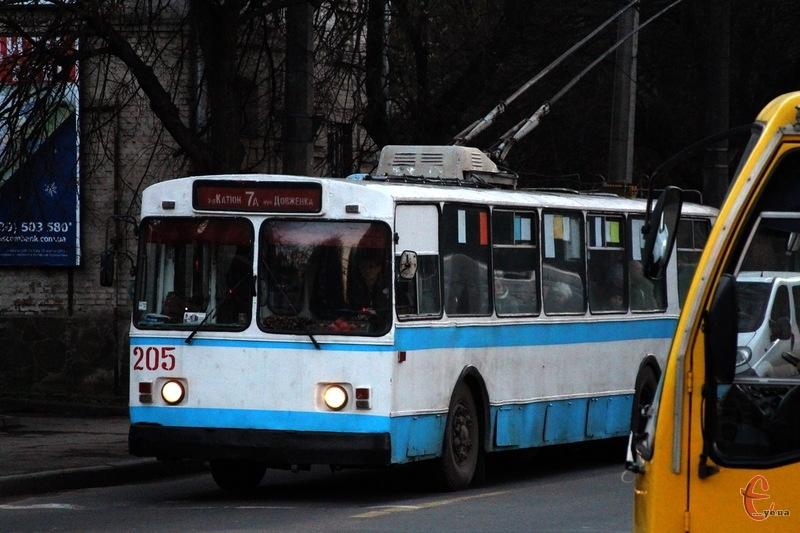 Вже найближчим часом у Хмельницькому вивчатимуть нічний пасажиропотік у тролейбусах
