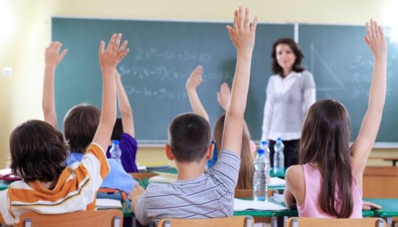 У школах канікули тривали з 21 грудня до 8 січня