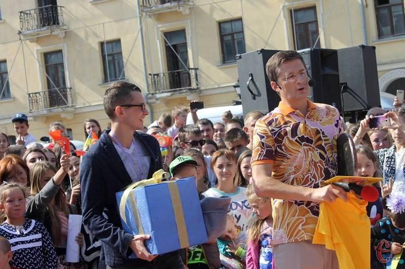 Дмитро Прокопов виграв телевізор