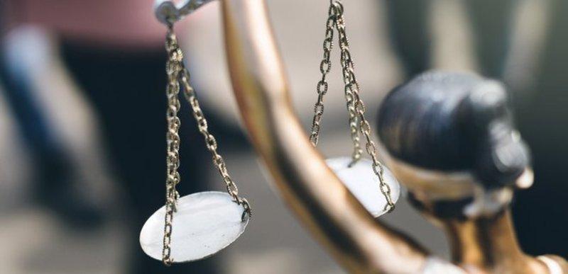 Суд закрив провадження у справі про незаконне вирощування конопель