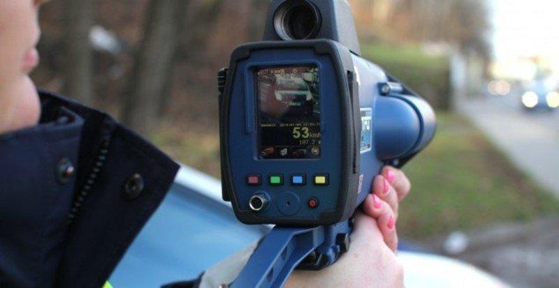 Пристрої вимірювання швидкості уже випробують на дорогах у 13 областях