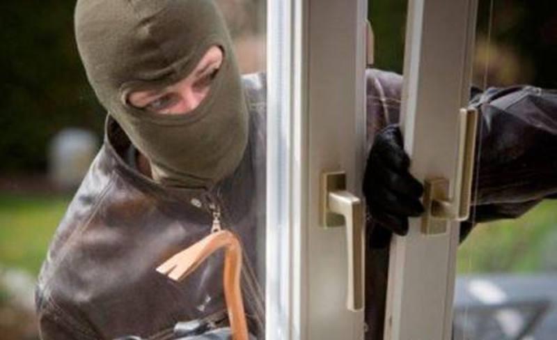 Працівники кримінальної поліції встановили особу крадія й затримали його