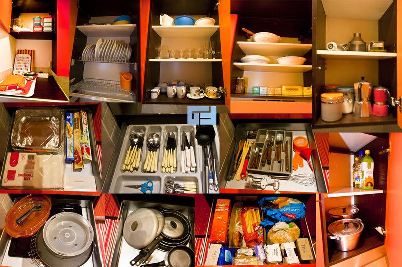 Кухонні аксесуари роблять життя господині простішим і, як наслідок, процес приготування їжі приносить більше задоволення.