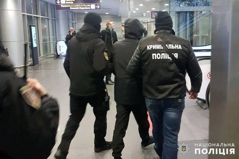 Хмельницькі правоохоронці видворили за межі країни «кримінального авторитета» на прізвисько Арчі
