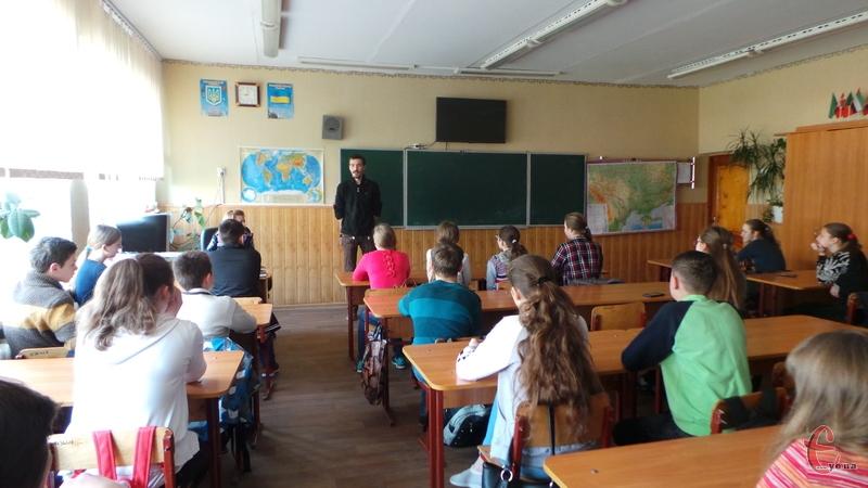 Лекції проводять для учнів 8-11 класів
