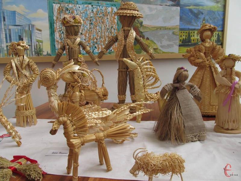 У музеї історії міста - виставка народної іграшки
