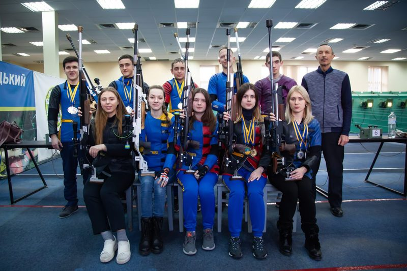 Спортсмени з Хмельниччини на чемпіонаті України з кульової стрільби здобули 16 нагород