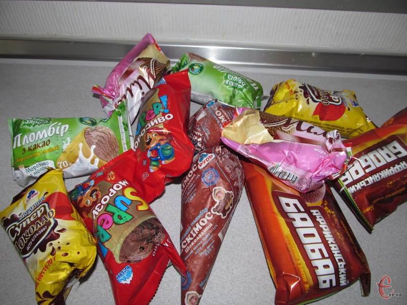 Працівники редакції вирішили протестувати найпопулярніші на Хмельниччині марки шоколадного пломбіру і з'ясувати, яке з них – найкраще