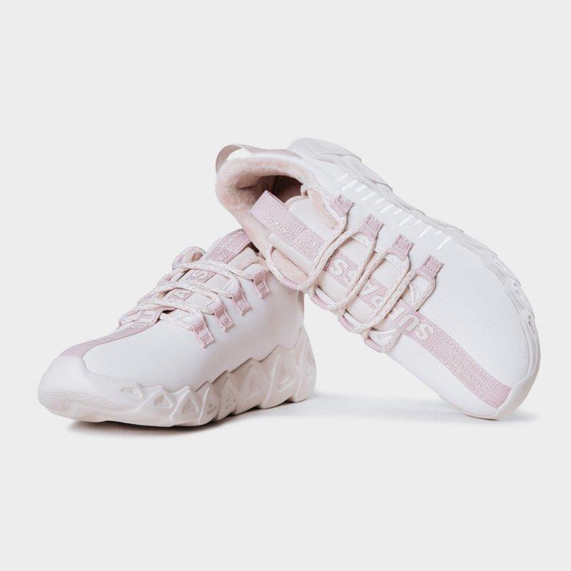 Для зими потрібно вибирати взуття з рельєфними протекторами