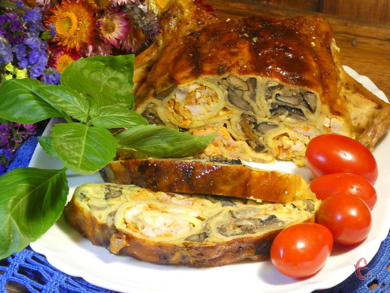 Ніжне м'ясо курки, просочені соком млинці з ароматними начинками...
