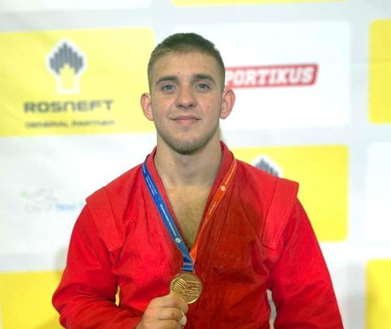 Станіслав Сергійчук приніс українській команді золоту медаль у ваговій категорії до 90 кілограм