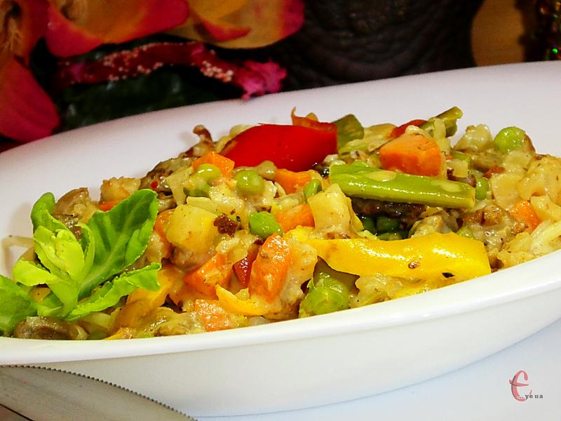 Страва добре смакує як із гречкою, так із рисом, локшиною і картопляним пюре.
