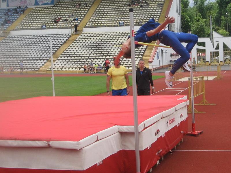 У чемпіонаті Хмельниччини з легкої атлетики взяли участь і спортсмени з інших регіонів