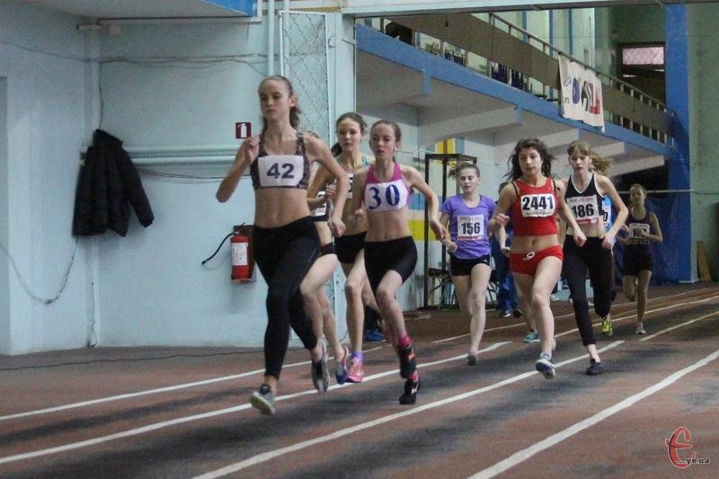 Подільська зима зібрала більше ста легкоатлетів з різних куточків України