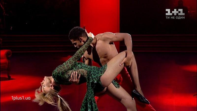 Пара виконала танго під пісню Bob Sinclar